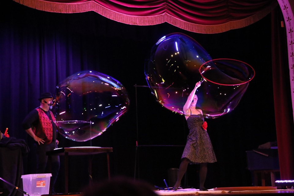 Rockin' Bubble Show